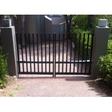 Open-Top Comb Style Swing Driveway Gate